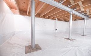 Crawl space structural support jacks installed in Aberdeen